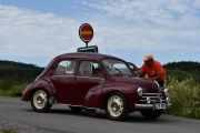 Lørdag - Her kommer det enda en bil, det er en Renault 4CV R 1062 fra 1960 med 20hk