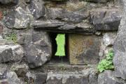 Så jeg konsentrerer meg om spennende ting, skytterhull i et kloster?