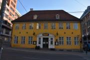 Neste på turen må bli Stortorvets Gjæstgiveri som ligger i Grensen. En staselig fin gammel bygning som har stått der i minst hundre år