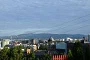Før vi går ned Høyenhallveien nyter vi utsikten litt. Her kan vi se helt bort til Tryvannstårnet