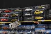 Bare for å vise utvalget av bilene og pris på bilene
