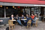 Le Studio Alpine Boulogne - Før vi går inn, må vi ta en liten pause da Metro-en i Paris ble en strabasiøs tur