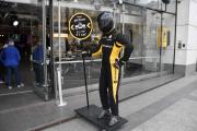L'Atelier Renault, 53 Champs-Elysées Paris, her også lar vi bildene si sitt