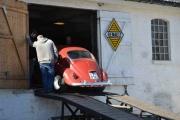 Hva gjør den der inne i Renault låven?