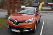 Så kommer vi til noen nybiler og dette er en Renault Captur. Skal jeg gjette modellen her så tror jeg det er en 2014 modell