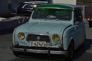 Renault 4, skummel og barsk - rene gangster bilen