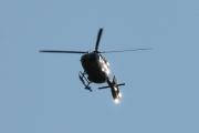 Morten 24 juli 2021 - LN-OOP besøker Høyenhall, jeg tror at jeg tar bilde av et militærhelikopter