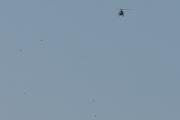 Morten 25 juli 2021 - Helitrans over Høyenhall, etter en fest så tar du rolige bilder av et helikopter og fugler