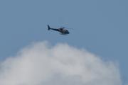 Morten 25 juli 2021 - Helitrans over Høyenhall, den svever over skyene og jeg følger etter