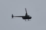 Morten 7 august 2021 - Robinson R44 Raven I over Høyenhall, jeg tror det er LN-OSS som tester ut rekkevidden min. Men vi må ha litt orden på bladene