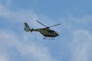 Morten 8 august 2021 - Norsk Luftambulanse over Høyenhall, nå er dem ute på et nytt oppdrag men er for langt unna meg