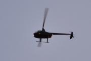 Morten 22 november 2020 - Ukjent helikopter over Høyenhall, holder seg akkurat langt nok unna til at jeg ikke kan identifisere den