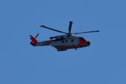 Morten 24 august 2020 - Redningshelikopter over Høyenhall, tror det er Leonardo AW101 0276 - ZZ107 som flyr her