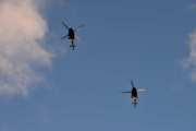 Morten 24 desember 2020 - To militær helikoptre over Høyenhall på juleaften,  har et moderne halvstivt rotorsystem med fire blader og en marsjhastighet på ca. 220 km/t