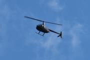 Morten 30 august 2020 - LN-OGT over Høyenhall, det er et Robinson R44 som Helikopterdrift eier
