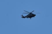 Morten 9 oktober 2020 - Politihelikopter over Høyenhall, litt nærmere nå