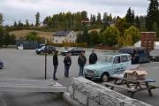 Da er det en Renault 4 sin tur inn på låven