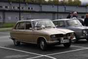 Neste som kommer er en vakker utgave av en Renault 16 TL fra 1977. Veldig fin farge på bilen og interiøret