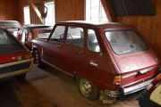 En Renault 6 TL som også er litt støvete, men kan vi rulle den ut på plassen til neste år er jeg fornøyd :-)