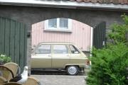 Renault og en Måke i portalen