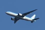 Morten 14 august 2019 - Stort fly over Høyenhall, som er et Korean Air Cargo, Boeing 777-FB5