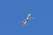 Morten 20 april 2019 - Stort tøft fly som flyr over Høyenhall, sånn kjører du et stort fly over Høyenhall
