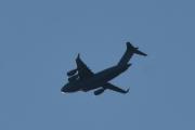 Morten 21 september 2019 - Stort fly over Høyenhall. Etter en lang dag på Ekeberg er det godt å sitte på verandaen igjen å ta bilde av fly
