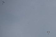 Morten 2 juli 2020 - 3 i fallskjerm over Oslo, her er to av dem, den tredje kom litt for langt ut fra min synsvinkel
