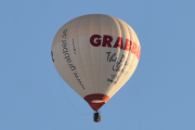 """Morten 30 november 2019 - To luftballonger over Høyenhall. Den andre blir litt vanskeligere, men den kommer fra Sverige og heter SE-ZMU """"Heart of Gold IV"""""""