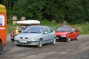 Teller i hvert fall 5 Renault-er på plassen foran resepsjonen