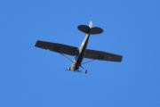 """Morten 18 oktober 2020 - Veteranfly over Høyenhall, her ble jeg veldig usikker. Kan det være et Piper Cub som blir kalt """"Grasshopper""""?"""