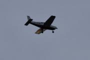 Morten 22 november 2020 - OY-PHM over Høyenhall, neste er også nærme nok. Det er en Piper PA-28-181 Archer III