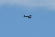 Morten 30 august 2020 - LN-NRF over Høyenhall, det er et Cessna 172S Skyhawk som Nedre Romerike Flyklubb eier