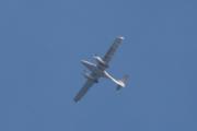 Morten 10 august 2021 - LN-PFF over Sandefjord, jeg tenker at det er samme flyet som jeg så i sted. Det er Sky Management som kommer med sitt Diamond Aircraft DA 42 NG