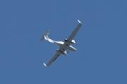 Morten 10 august 2021 - LN-PFF over hytta i Sandefjord, det er Sky Management med sitt Diamond Aircraft DA 42 NG