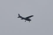 Morten 13 august 2021 - LN-NRF over Høyenhall, det er Nedre Romerike Flyklubb som flyr sitt Cessna 172S Skyhawk. Men det er ikke det helt foto vær i dag