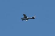 Morten 5 august 2021 - LN-NFA over Høyenhall, det er et Cessna 182Q Skylane