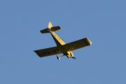 Morten 5 august 2021 - LN-RAF kommer tilbake over Høyenhall med sitt Van's Aircraft (EX) RV-4