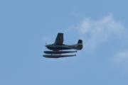 Morten 6 august 2021 - LN-BGO over Høyenhall, jeg finner en liten blå lomme og kan skrive at dette er Cessna A185F Skywagon