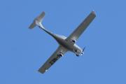 Morten 12 juni 2021 - LN-NEZ besøker Høyenhall, det er Diamond Aircraft DA40-D som er privat eid