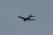 Morten 6 juni 2021 - OY-PHM kommer andre gang over Høyenhall, 10 minutter senere kommer han en gang til. Og jeg vet bedre nå, det er Piper PA-28-181 Archer III fra 2005 eller 2006