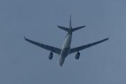 Morten 16 juni 2020 - Stort fly over Høyenhall, står det Cargo Qatar?