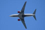 Morten 21 juli 2020 - LN-RPJ over Høyenhall, det er et Boeing 737-783 som SAS eier