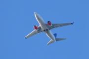 Morten 24 august 2020 - LN-TUM over Høyenhall, det er et Boeing 737-705 som SAS eier