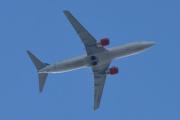 Morten 24 juli 2020 - LN-RRU over Høyenhall, det er et Boeing 737-883 som SAS har