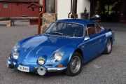 Fredag - Må jo nesten undersøke denne også, det er en Renault Alpin A110 1600S med en motor på 170hk