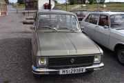 Fredag - Så har vi vår egen bil som er en Renault 6 TL fra 1975 og har en motor på 48 hk hvis du legger godviljen til