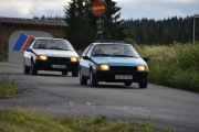 Fredag - Så ankommer det to norske biler, Renault-er som ikke ble importert inn til Sverige. Fremst har vi en Renault Fuego TX fra 1981 og bak er en som er akkurat samme modellen