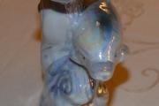Delfin i porselen