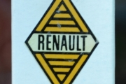 Renault fyrstikkeske fra Finland - håndlaget